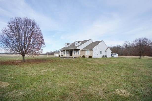 Cape Cod, Single Family Residence - Williamsburg Twp, OH (photo 2)