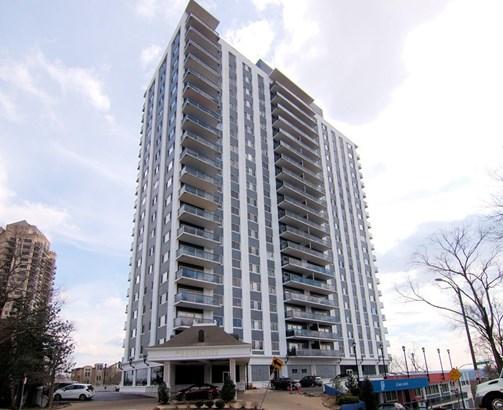 Condominium, Other - Cincinnati, OH (photo 1)