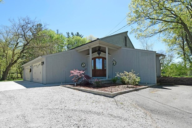 Single Family Residence, Contemporary - Pierce Twp, OH (photo 1)