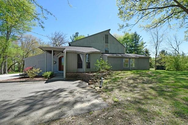 Single Family Residence, Contemporary - Pierce Twp, OH (photo 2)