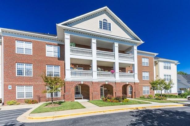 11924 Darnestown Rd #305, Gaithersburg, MD - USA (photo 1)