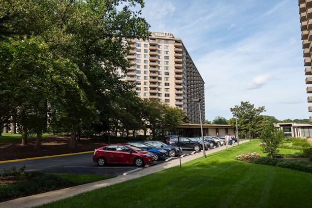 5225 Pooks Hill Rd #1727n, Bethesda, MD - USA (photo 1)