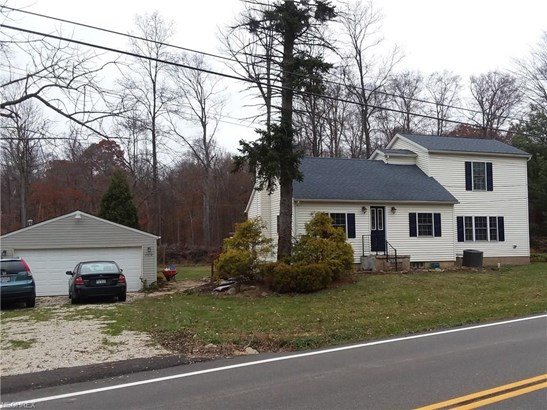 Colonial, Single Family - Hinckley, OH (photo 1)