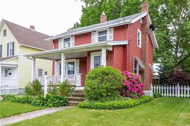 Colonial, Single Family - Lorain, OH (photo 2)