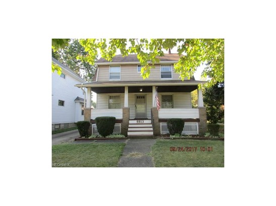 Colonial, Single Family - Cleveland, OH (photo 1)