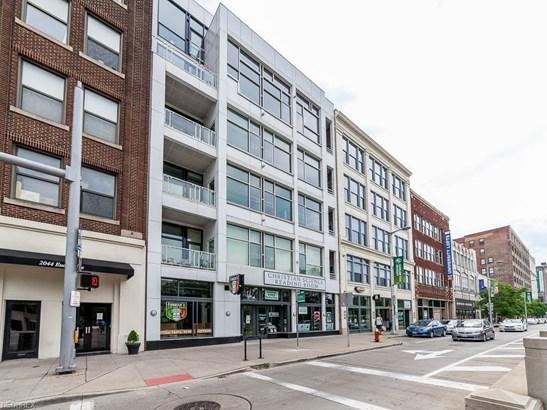Condominium - Cleveland, OH (photo 1)
