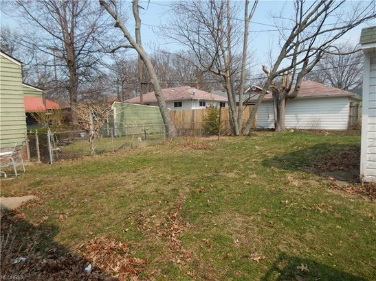 Bungalow, Single Family - Cleveland, OH (photo 5)