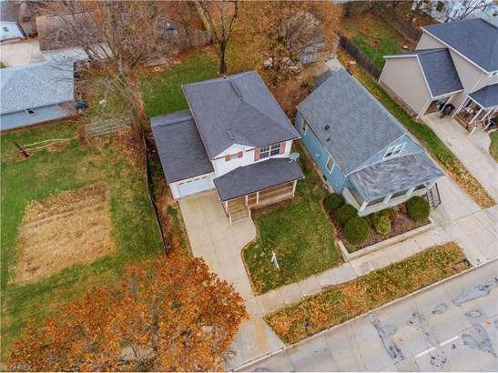 Colonial, Single Family - Akron, OH (photo 3)