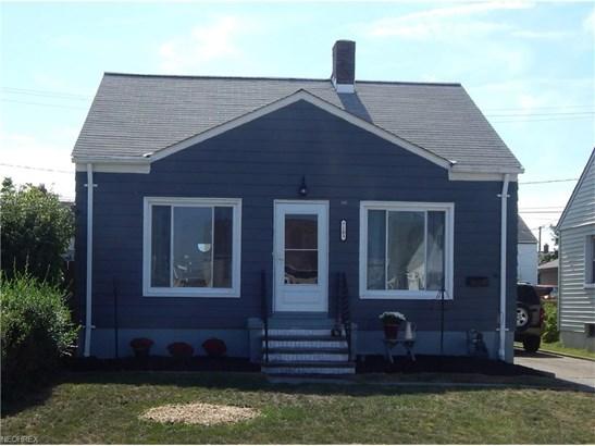 Bungalow,Cape Cod, Single Family - Parma, OH (photo 1)