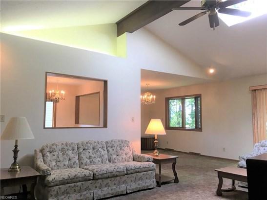 Ranch, Single Family - Parma, OH (photo 5)