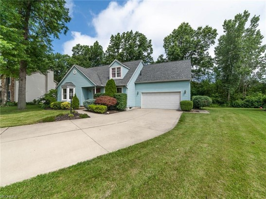 Cape Cod, Single Family - Amherst, OH (photo 2)