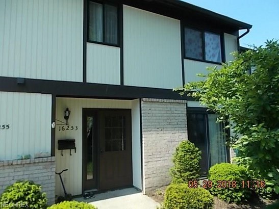 Townhouse, Condominium - Middleburg Heights, OH (photo 1)
