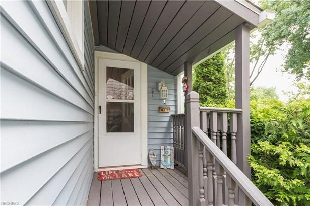 Cape Cod,Tudor, Single Family - Lorain, OH (photo 4)