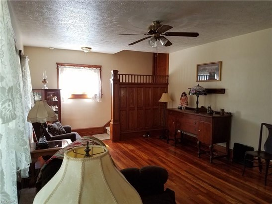 Colonial, Single Family - Rittman, OH (photo 4)