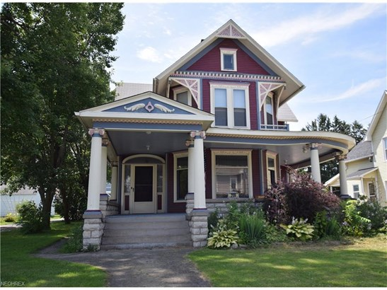 Victorian, Single Family - Bellevue, OH (photo 1)