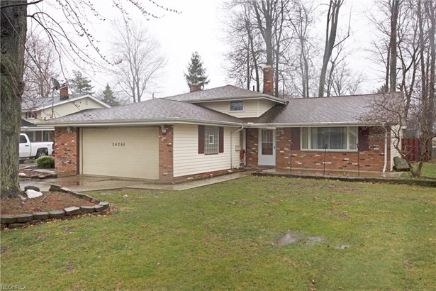 Split Level, Single Family - North Olmsted, OH (photo 1)