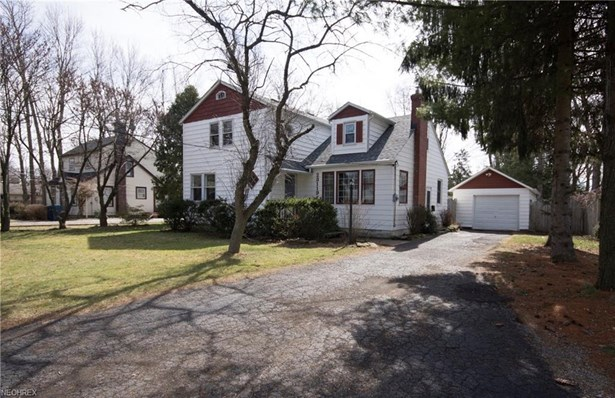 Bungalow,Cape Cod,Colonial, Single Family - Olmsted Falls, OH (photo 3)