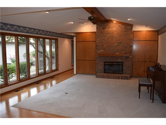 Cluster Home,Conventional,Ranch, Single Family - Strongsville, OH (photo 4)