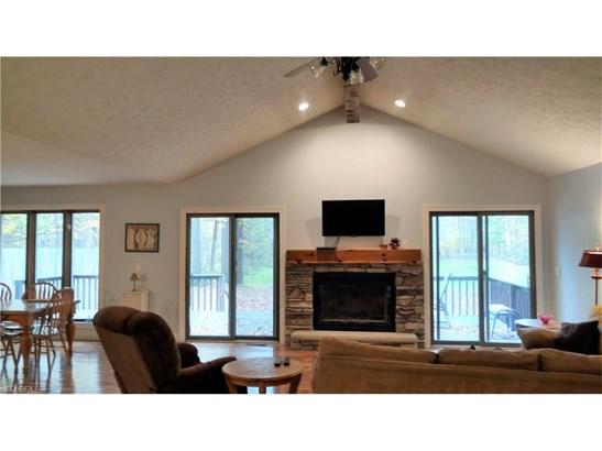 Ranch, Single Family - Mantua, OH (photo 3)