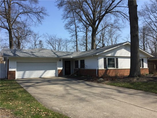 Ranch, Single Family - North Olmsted, OH (photo 1)