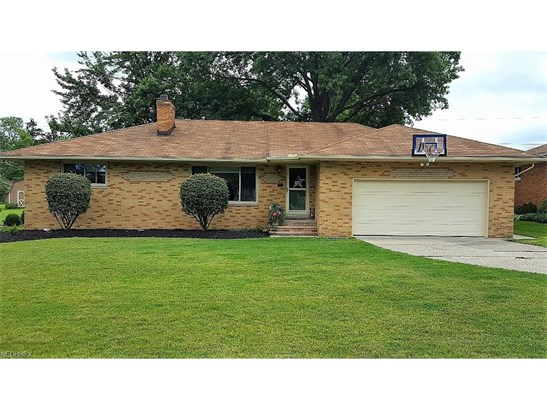 Ranch, Single Family - Seven Hills, OH (photo 1)