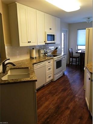 Condominium, Multi-Unit Building,Ranch - Fairlawn, OH (photo 3)