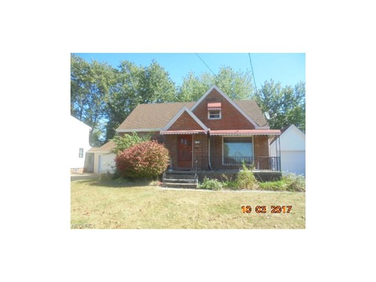 Cape Cod, Single Family - Cleveland, OH (photo 1)