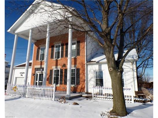 Colonial, Single Family - Castalia, OH (photo 2)