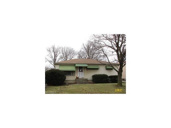 Ranch, Single Family - Brook Park, OH (photo 1)