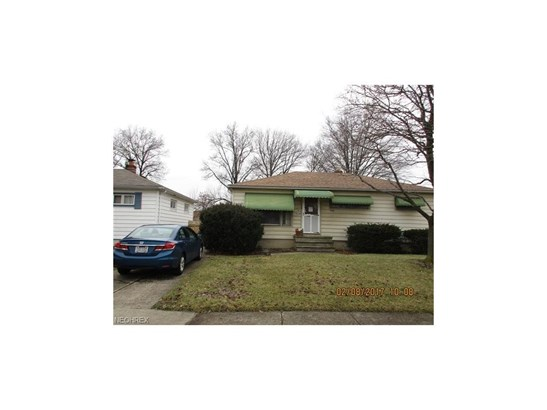 Ranch, Single Family - Brook Park, OH (photo 2)