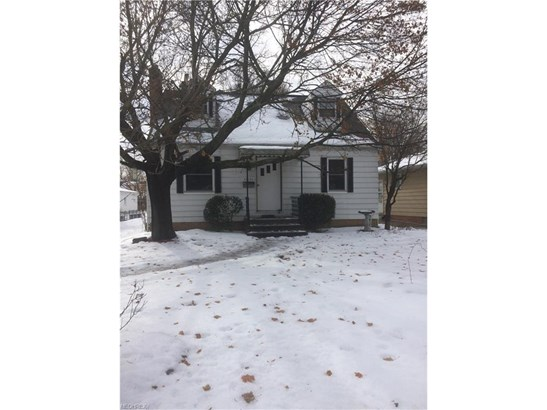 Bungalow, Single Family - Middleburg Heights, OH (photo 1)