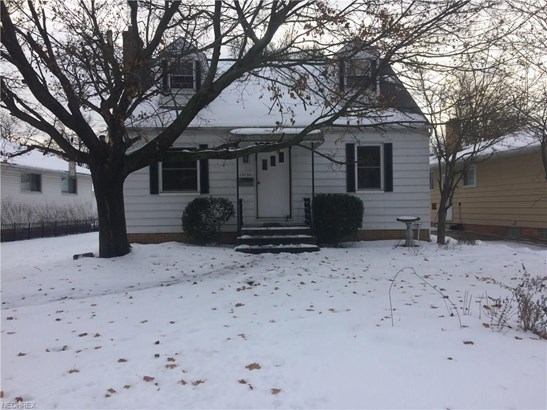 Bungalow, Single Family - Middleburg Heights, OH (photo 2)