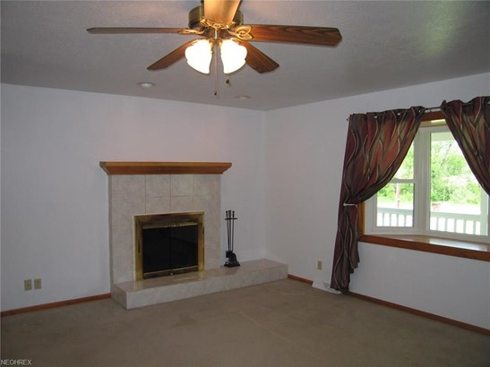 Ranch, Single Family - New Franklin, OH (photo 4)