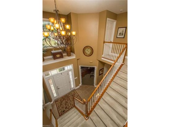 Colonial, Single Family - Tallmadge, OH (photo 3)