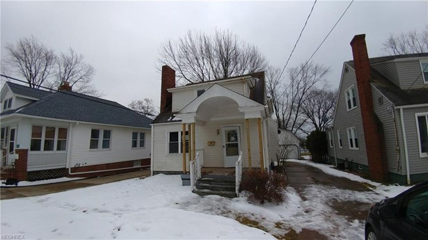 Bungalow, Single Family - Bedford, OH (photo 1)