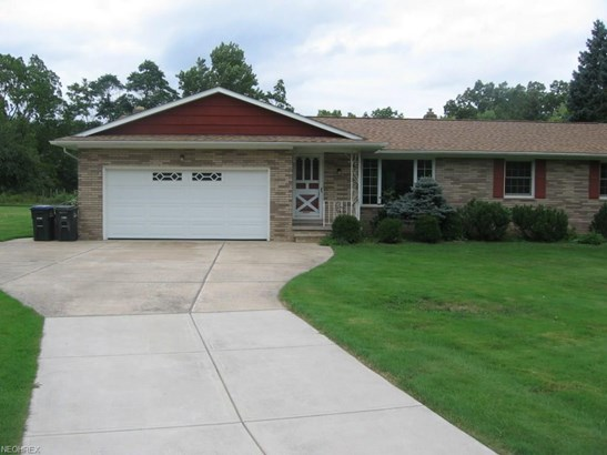 Ranch, Single Family - Independence, OH