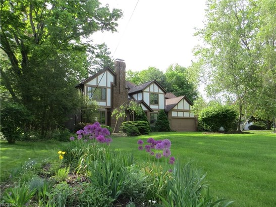 Colonial,Tudor, Single Family - Brecksville, OH (photo 1)
