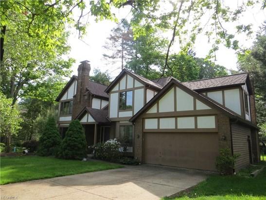 Colonial,Tudor, Single Family - Brecksville, OH (photo 3)