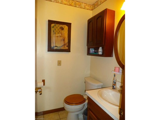 Single Family, Conventional - Middlefield, OH (photo 5)