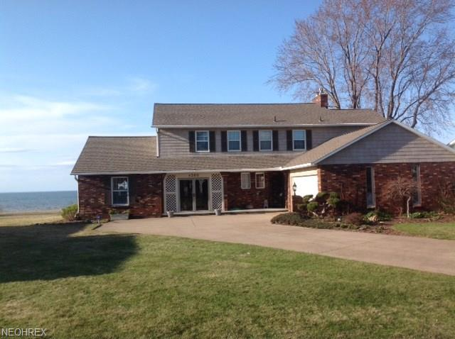 Colonial, Single Family - Vermilion, OH