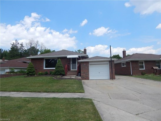 Ranch, Single Family - Garfield Heights, OH (photo 1)