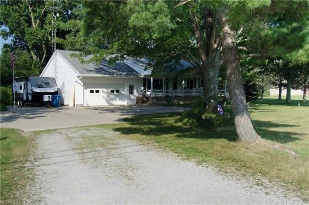 Ranch, Single Family - Wakeman, OH (photo 2)