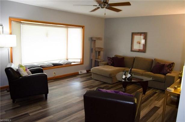 Ranch, Single Family - Wakeman, OH (photo 3)