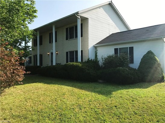 Colonial, Single Family - Litchfield, OH (photo 1)