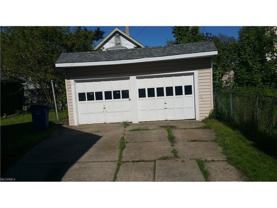 Multi-Unit Building, Single Family - Cleveland, OH (photo 2)