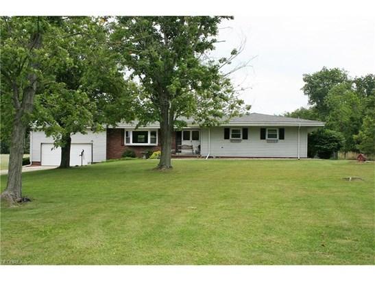 Ranch, Single Family - Wellington, OH (photo 1)