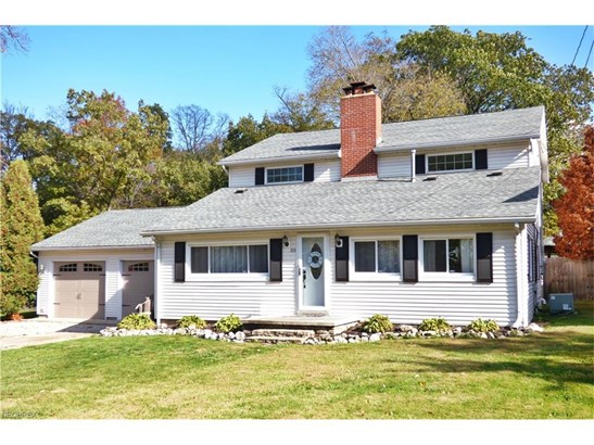 Colonial, Single Family - Lakeside-Marblehead, OH (photo 1)