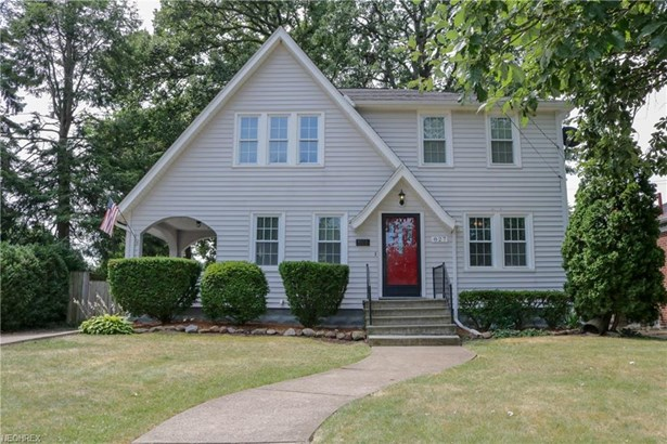 Cluster Home, Single Family - Lorain, OH