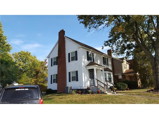 Colonial, Single Family - Akron, OH (photo 4)