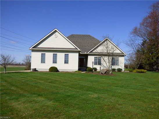 Ranch, Single Family - Berlin Heights, OH (photo 1)